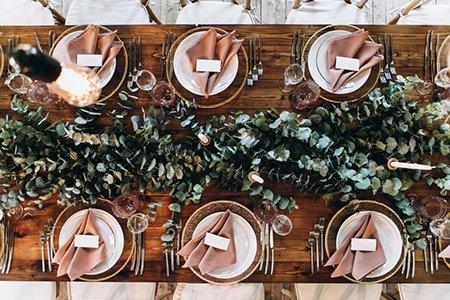 https://www.serenitymade.com/wp-content/uploads/2018/08/wedding-accessories.jpg